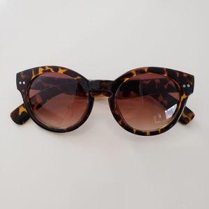 Ann Taylor Loft Round Sunglasses